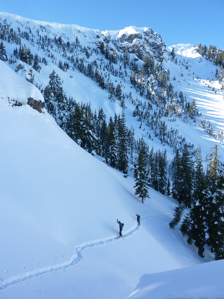 twin-peaks-backcountry-skiing-3