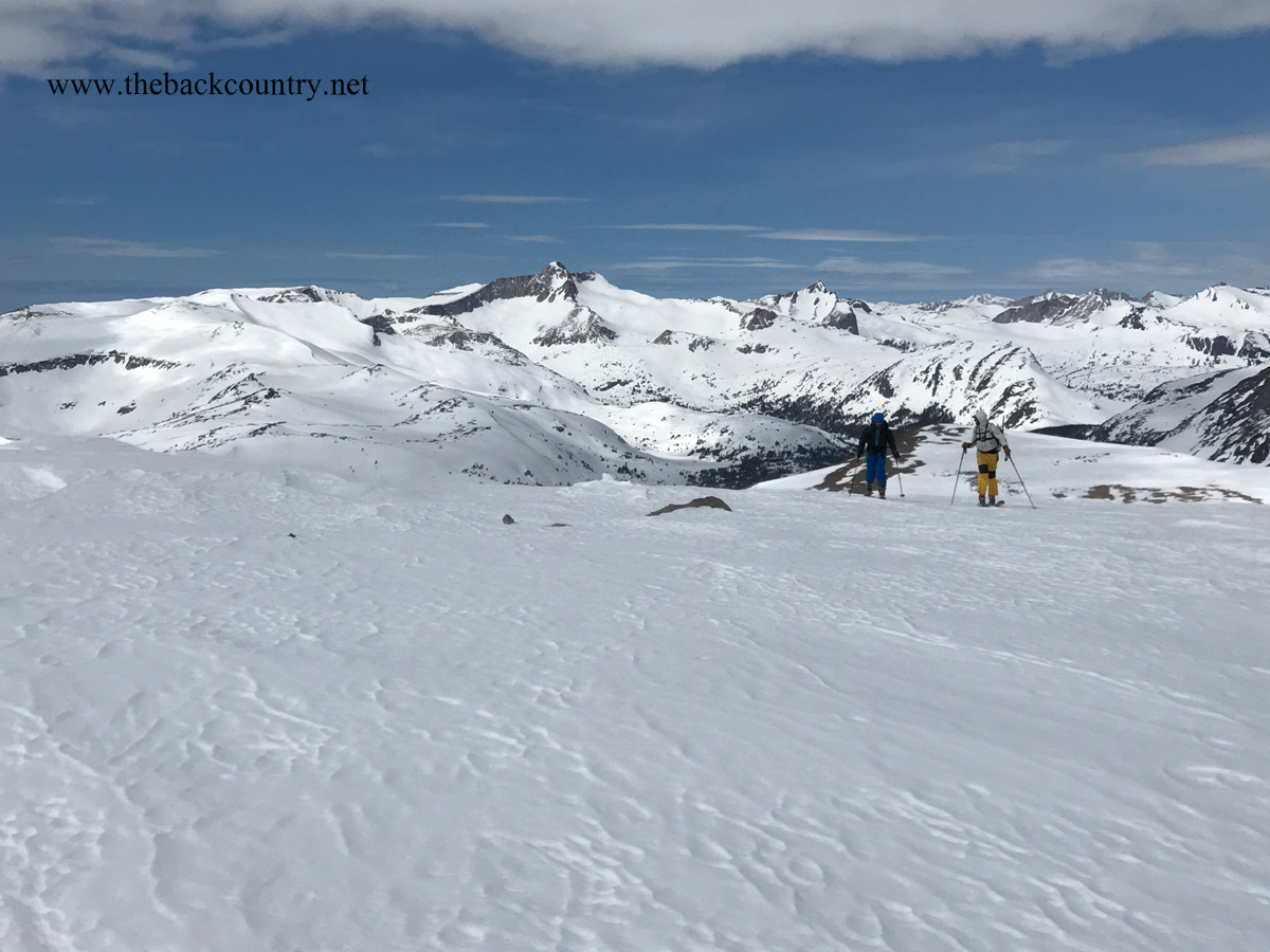 kidney-couloir-backcountry-skiing10