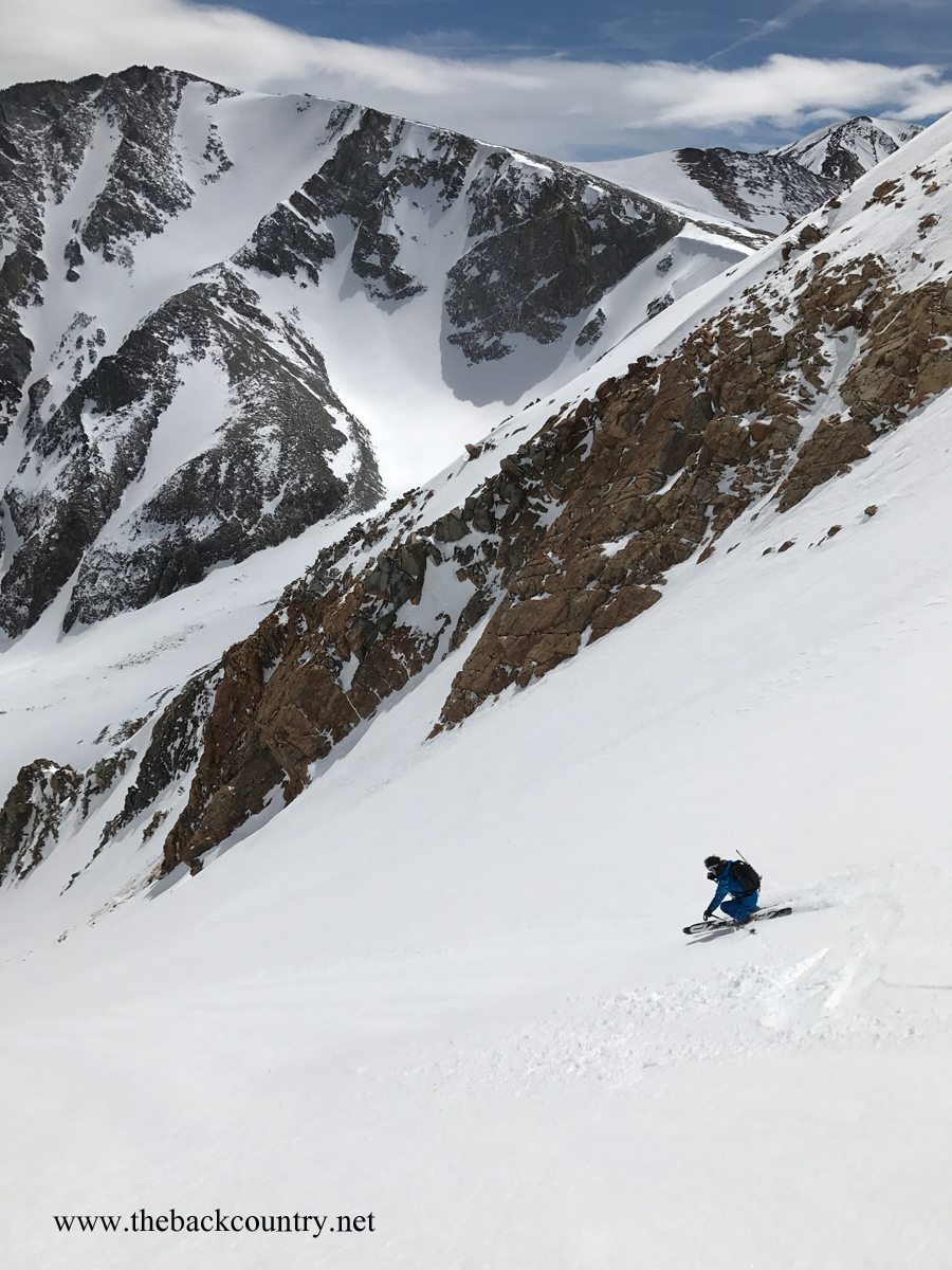 kidney-couloir-backcountry-skiing11