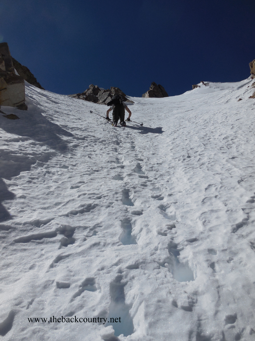 kidney-couloir-backcountry-skiing6